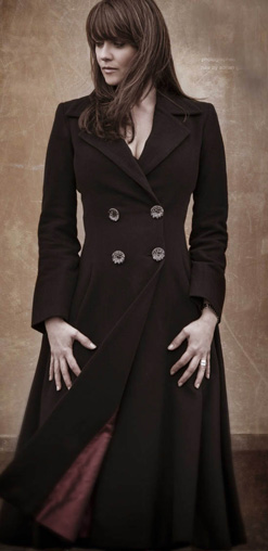 Photo of Amanda Tapping being awesome in a coat.